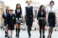 Styles de Escola para Garotas Bonitas e Piradas
