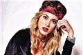 Categoria: Martina Stoessel