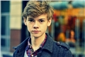 Styles de Thomas Sangster