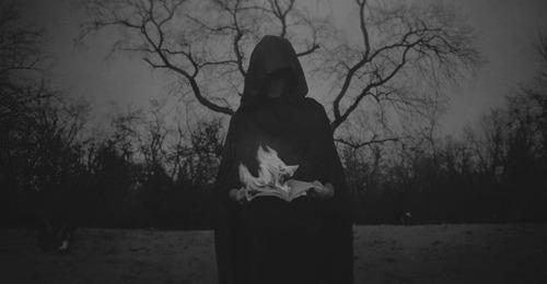 [Book] O mistério por trás da morte. Fanfiction-originais-death-3496757,150520152107