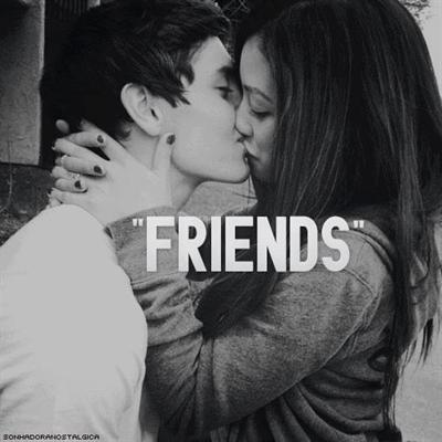Fanfic / Fanfiction Apenas amigos?