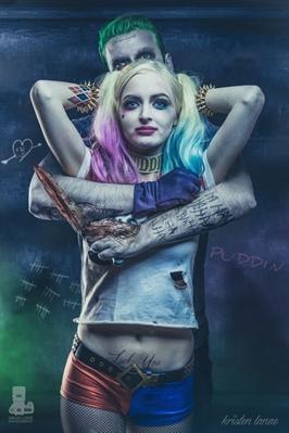 Fanfic / Fanfiction Minha criação!Minha Harley Quinn!
