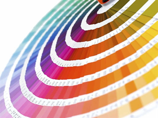 Fanfic / Fanfiction Eu, monocromática; Tu, infinita paleta de cores;