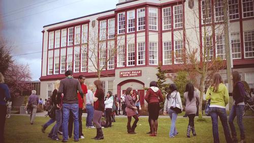 Fanfic / Fanfiction Layla na Sua Nova Escola