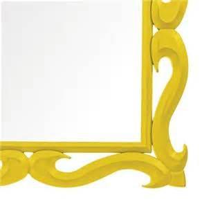 Fanfic / Fanfiction Moldura Amarela
