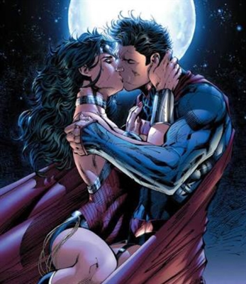 Fanfic / Fanfiction Wonder Woman Loves Superman