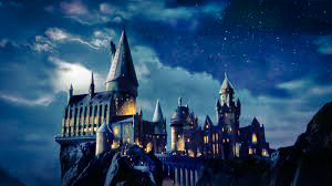 Fanfic / Fanfiction De volta à Hogwarts (Interativa)