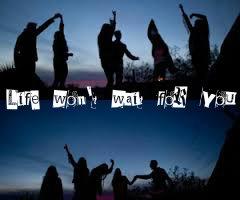 Fanfic / Fanfiction Life won't wait for you