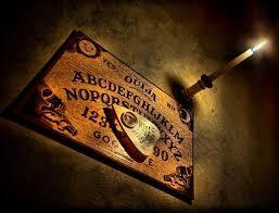 Fanfic / Fanfiction Ouija - Contato Sobrenatural