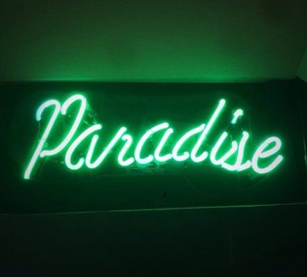 Fanfic / Fanfiction Paradise (Romance Gay)