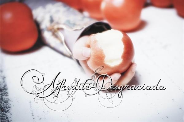 Fanfic / Fanfiction Afrodite Desgraciada