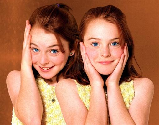 Fanfic / Fanfiction As gêmeas