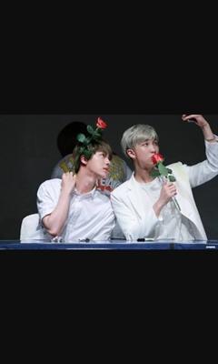 Fanfic / Fanfiction O amor que surge entre irmãos (namjin)