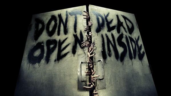 Fanfic / Fanfiction Face The Walking Dead