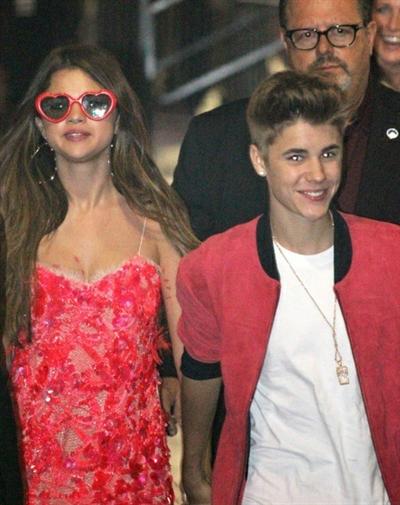 "Fanfic / Fanfiction Mammy ""Jelena"" (Justin Bieber and Selena Gomez)"