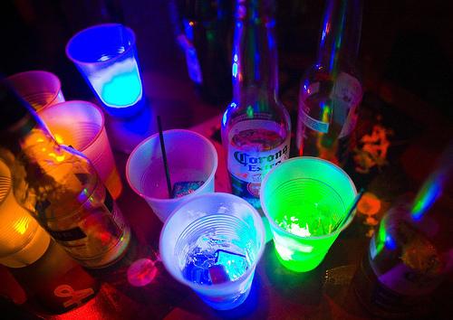 Fanfic / Fanfiction Back for you - Capítulo 11 - O que a bebida faz?!
