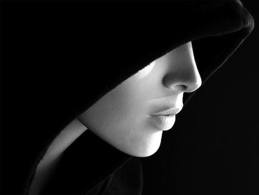 Fanfic / Fanfiction E se... - Capítulo 2 - A garota misteriosa