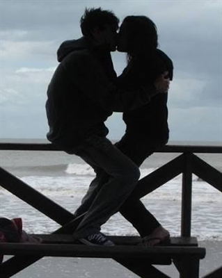 Fanfic / Fanfiction I need u - Capítulo 6 - Primeiro beijo