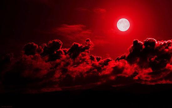 Fanfic / Fanfiction O escolhido - Capítulo 2 - Porque a lua fica vermelha ?
