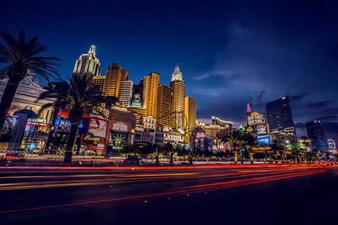 Fanfic / Fanfiction Perdemos 33 milhões de reais!!! - Capítulo 3 - Chegada a Vegas