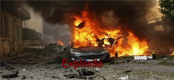 Fanfic / Fanfiction Pessoas merecem morrer - Capítulo 25 - Explosão