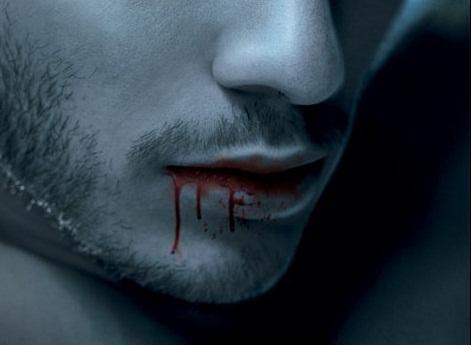Fanfic / Fanfiction Poesias Perfeitas De Um Poeta Falho - Capítulo 3 - Cálice De Sangue
