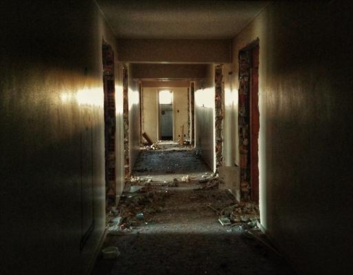 Fanfic / Fanfiction Undead - Capítulo 10 - O hotel dos refugiados