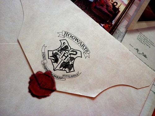 Fanfic / Fanfiction When you close your eyes - Capítulo 3 - A tão esperada carta e uma tal de Hogwarts