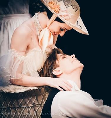 Fanfic / Fanfiction A Bailarina das Camélias - Capítulo 7 - O dia e a noite