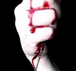 Fanfic / Fanfiction All We Know - Capítulo 2 - Amargo Sangue
