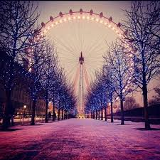 Fanfic / Fanfiction E se fose loucura - Capítulo 1 - Chegada a Paris - França