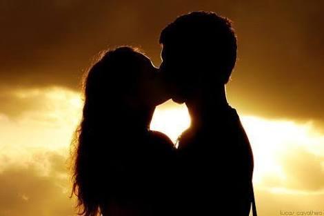 Fanfic / Fanfiction Eu amo um psicopata - Capítulo 5 - Primeiro beijo!!!