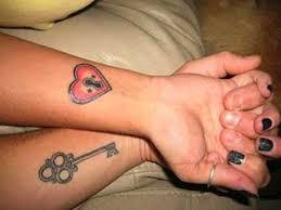 Fanfic / Fanfiction I Love you - Capítulo 3 - As tatuagens