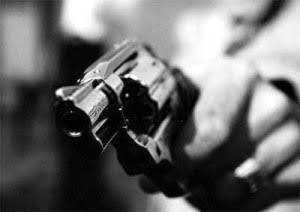 Fanfic / Fanfiction Intrigas - Capítulo 8 - Outro Assassinato