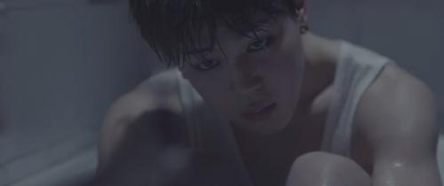 Fanfic / Fanfiction My little prince ( Jikook) - Capítulo 5 - Me ignorando