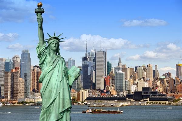 Fanfic / Fanfiction New York Love - Capítulo 2 - Tempo, Tempo, Tempo...