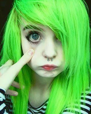 Fanfic / Fanfiction A Pequena Suicida e o Psicopata. - Capítulo 1 - …I Hate Myself…