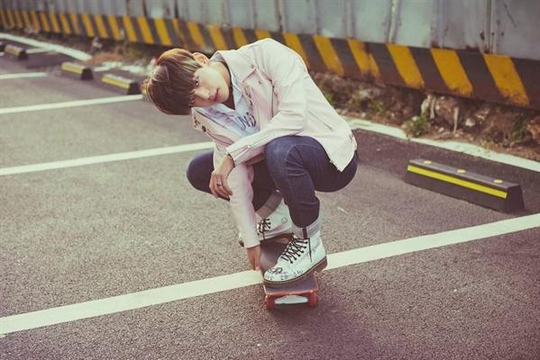 Fanfic / Fanfiction Aparências enganam. - Capítulo 9 - Andando de Skate