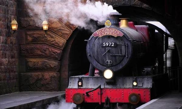 Fanfic / Fanfiction Carol Johnson: 1° ano em Hogwarts - Capítulo 1 - Expresso De Hogwarts