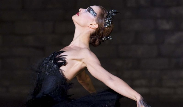 "Fanfic / Fanfiction Querida,Menina Gótica - Capítulo 16 - ""No Halloween--Cisne Negro(parte#3)"