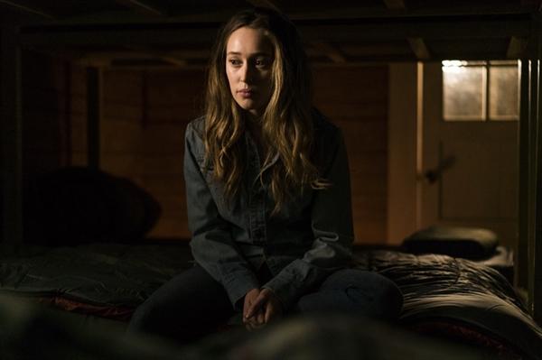 Fanfic / Fanfiction Artemia: Fear The Walking Dead - Capítulo 30 - Convidada para o jantar