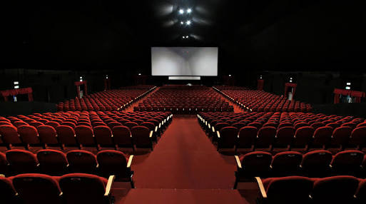 Fanfic / Fanfiction Crazy Love - Capítulo 2 - Dia:2 - Cinema