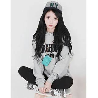 Fanfic / Fanfiction Exchange Students ( BTS- Jimin, Taehyung e Jungkook) - Capítulo 1 - Ayssa