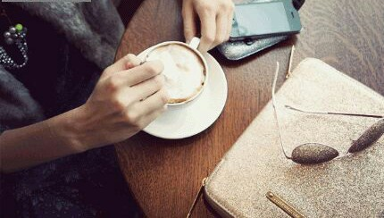 Fanfic / Fanfiction Gasoline - Capítulo 9 - Capítulo 08: Copos de leite e Café