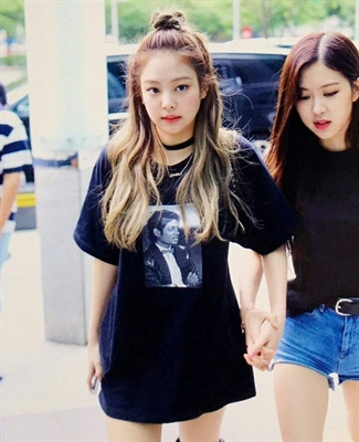 "Fanfic / Fanfiction My Best Friend - (IMAGINE) Kim Taehyung - Capítulo 7 - ""A Jennie beijou o..."""