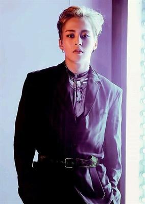 Fanfic / Fanfiction My Boss × Kim Minseok - Capítulo 1 - O Senhor Minseok