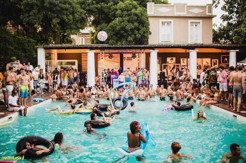 Fanfic / Fanfiction Um amor proíbido - Capítulo 15 - Festa na piscina
