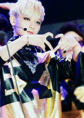 Fanfic / Fanfiction ~Eu odeio te amar (Imagine Tao) - Capítulo 2 - ~Desmaio/Estou na SM?