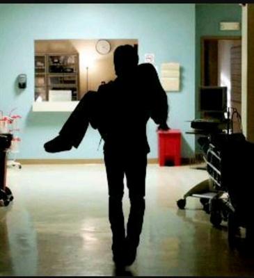Fanfic / Fanfiction Nunca vou desistir de você - Capítulo 18 - Hospital