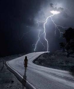 Fanfic / Fanfiction Contos de terror... - Capítulo 11 - A mulher da estrada